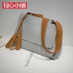 กระเป๋า Axixi พร้อมส่ง รหัส NM12229 สีเทา สายสะพายสีน้ำตาล น่ารักค่ะ