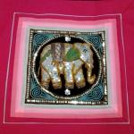 ปลอกหมอนอิงผ้า สีชมพู แต่งลายช้าง สวยงาม ขนาด 16X16 นิ้ว ซิปด้านหลัง
