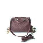 กระเป๋าสะพายข้างผู้หญิง รหัส SUC0017VR สีไวน์แดง แต่งลายถัก น่ารักค่ะ