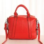 กระเป๋าสะพายข้างผุ้หญิงพร้อมส่ง รห้ส SUC0019RD สีแดง ใบใหญ่ หนังสวย น่าใช้ค่ะ