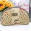กระเป๋าใส่ของจุกจิกสไตล์ คันทรี ไซด์ L ต่อผ้า ควิลล์มือทั้งใบ ผ้าญี่ปุน ขนาด กว้าง 20 ซม สูง 14 ซม ฐานกว้าง 6 ซม ใส่ของได้เยอะ thumbnail 2