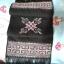 ผ้าพันคอ ปักลายสีโทนม่วงอ่อนพื้นสีดำ สีสดใส ขนาด ยาว 48x8.5 นิ้ว thumbnail 2