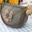 กระเป๋าคล้องมือ ผ้าทอญี่ปุ่น ใส่ของจุกจิกสไตล์ คันทรี ต่อผ้า ควิลล์มือทั้งใบ ขนาดกระทัดรัด ขนาด กว้าง 17 ซม สูง 13ซม ฐานกว้าง 8.5 ซม thumbnail 2