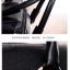 (หมดจ้า) กระเป๋าแฟชั่น ดีไซน์สวยเรียบหรู สีดำ คลาสสิค แบบยอดนิยม เหมาะกับทุกโอกาส สามารถถือและสะพายได้ทั้งสองแบบ ((โปรโมชั่นส่งฟรี)) thumbnail 12