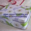 กล่องเหล็ก Clinique ทรงสีเหลี่ยม ม่วง ขาว
