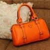 พร้อมส่ง กระเป๋าแฟชั่น beibaobao สีส้ม หนังนิ่ม สามารถถือและสะพายได้ ข้างในใส่ของได้เยอะ งานสวยค่ะ