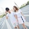 +พร้อมส่ง+ เสื้อคู่รักเกาหลี แฟชั่นคู่รัก ชายเสื้อยืดแขนสั้น + หญิงเดรสแขนสั้น สีขาว มีเชือกผูกเอว