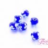 ลูกปัดแก้วมูราโน่ มีรูข้างเดียว ทรงกลม สีน้ำเงิน ลายดอกสีขาว 10 มิล(1ชิ้น)