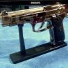 ปืนไฟแช็ครุ่น แบเร็ตต้า 9 มม. ตั้งโชว์