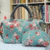 กระเป๋าผ้าญี่ปุ่น แพคคู่ ทรงสะพายไหล่ ขนาด 30 x 25 cm สายหนังแท้ พร้อมกระเป๋าใส่ของจุกจิก ลายดอกไม้สวยหวาน (สินค้าฝากขาย ไม่บวกเพิ่ม )
