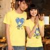 เสื้อยืดคู่รัก แฟชั่นคู่รั กชาย + หญิง เสื้อยืดแขนสั้น เสื้อสีเหลือง สกรีนลายหัวใจสีฟ้า +พร้อมส่ง+