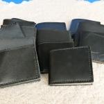ขายกระเป๋าหนังแท้ 100% เย็บมือทุกใบ ราคา 250 บาทพร้อมจัดส่งฟรีทั่วไทย