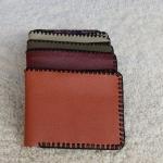 ขายกระเป๋าหนังแท้ 100% เย็บมือทุกใบ ราคา 250 บาทพร้อมจัดส่งฟรี