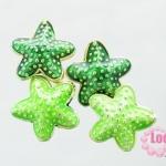 ลูกปัดกังไส รูปดาว สีเขียวอ่อน,เขียวเข้ม 20 mm.