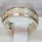 แหวนโมรปริตรหมุนดวง เนื้อเงิน ครูบาอริยชาติ วัดแสงแก้วโพธิญาณ เชียงราย