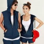 ชุดคู่รัก เสื้อคู่รักเกาหลี เสื้อผ้าแฟชั่น ชายหญิงเสื้อแจ็คเก็ตแขนกุดมีหมวกหลังมีซิบ + กางเกงขาสั้น สีน้ำเงิน +พร้อมส่ง+
