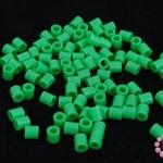เม็ดบีทรีดร้อน สีเขียว 5 มิล (1ขีด/1,820ชิ้น)