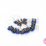 ตัวแต่งลูกปัดมิยูกิ สีขาวมุก-สีทองสอดไส้-สีน้ำเงินรุ้ง 5.5X6 ซม. (1ชิ้น)