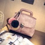 กระเป๋าเกาหลี สะพายข้างผู้หญิง รหัส SUIF0203NP สีชมพูนู้ด มีพู่หลากสีห้อย แบบสวยค่ะ