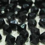 คริสตัลพลาสติก สีดำ 6มิล (1,232เม็ด)