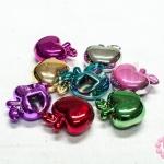 ลูกปัดพลาสติก สีเมทัลลิก คละสี แอ๊ปเปิ้ล 24x25มิล (10ชิ้น)