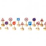 ของเล่นไม้เสริมพัฒนาการเด็ก Set of Traffic Signs & Lights (ส่งฟรี)