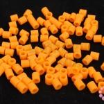 เม็ดบีทรีดร้อน สีส้มสด 5 มิล (1ขีด/1,820ชิ้น)