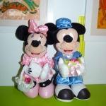 micky & minnie /ถือกระกร้าดอกไม้+ของขวัญขายคู่