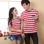 เดรสคู่รักเกาหลี แฟชั่นคู่รัก ชาย+หญิง เสื้อยืดคอกลมแขนสั้น แต่งลายแดงขาว  แต่งขอบคอสีดำ +พร้อมส่ง+