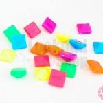 หมุดพลาสติก สี่เหลี่ยม คละสี 10มิล (1ขีด/273ชิ้น)