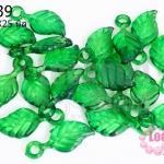จี้ใบไม้ พลาสติก สีเขียวเข้ม 11X25มิล(1ขีด/100กรัม)