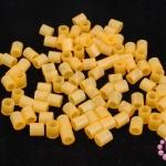 เม็ดบีทรีดร้อน สีส้มอ่อน 5 มิล (1ขีด/1,820ชิ้น)