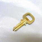 ลูกกุญแจ Louis vuitton มีหมายเลขตั้ง 302 ถึง325 , 328,330,332,334,335,337,340 ถึง 346