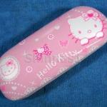 กล่องใส่แว่นตา Hello Kitty สีชมพู