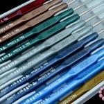เข็มโครเชต์ Tulip คละสี ด้ามมุก #1-12(1.6-0.60mm) 12ชิ้น
