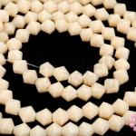 คริสตัลจีน ทรงไบโคน สีเปลือกไข่ขุ่น 4มิล(1เส้น)