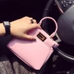กระเป๋าแฟชั่นเกาหลีพร้อมส่ง รหัส SUIF0165PK สีชมพู แบบน่ารัก เก๋ไก๋ค่ะ