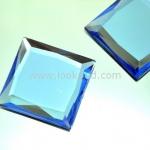 เพชรแต่ง ทรงสี่เหลี่ยม สีน้ำเงิน แบบไม่มีรู ขนาด 39x39x5 มิล 1 อัน