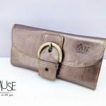 กระเป๋าเงินใบยาว MUSE สี ทองแดง งานหนังแท้ทั้งใบกระดุมเป็นหัวเข็มขัด แบบสวย หรูดูดีค่ะ