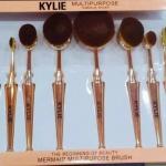 ชุดแปรงแต่งหน้า Kylie Limited Edition 10 ชิ้น Oval Cosmetic Toothbrush Shaped Foundation Power Makeup Brushes Set