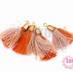 พู่สั้น สีส้ม-สีน้ำตาลอ่อน 3ซม (4ชิ้น)