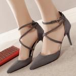 รองเท้าส้นสูงกำมะหยี่สีเทา