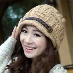 หมวกไหมพรมแฟชั่นเกาหลีพร้อมส่ง ทรงดีไซต์เก๋ แต่งเปียคาดด้านหน้า สีน้ำตาล