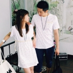 ชุดคู่รัก เสื้อคู่รักเกาหลี เสื้อผ้าแฟชั่น ชายเสื้อยืดสีเทา + หญิงเดรสเอวยืด ลายจุด มีกระเป๋าเสื้อ +พร้อมส่ง+