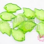 จี้ใบไม้ พลาสติก สีเขียว 15X25มิล(1ขีด/96ชิ้น)