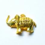 จี้รูปช้างสีทอง ตัวละ 15 บาท ขนาดความกว้าง 24 มิล ยาว 34 มิล