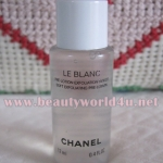 Chanel Le blanc soft exfoliating pre lotion 12 ml. (ขนาดทดลอง)