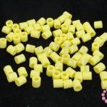 เม็ดบีทรีดร้อน สีเหลืองอ่อน 5 มิล (1ขีด/1,820ชิ้น)