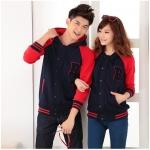 เสื้อกันหนาวคู่รักพร้อมส่ง แฟชั่นคู่รัก ชาย +หญิงเสื้อกันหนาวคู่รัก แบบติดกระดุม มีฮูด สีกรมแขนสีแดง