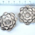 ลูกปัดบาหลี ทรงดอกไม้ ขนาด 36x11 มิล 10 ตัว
